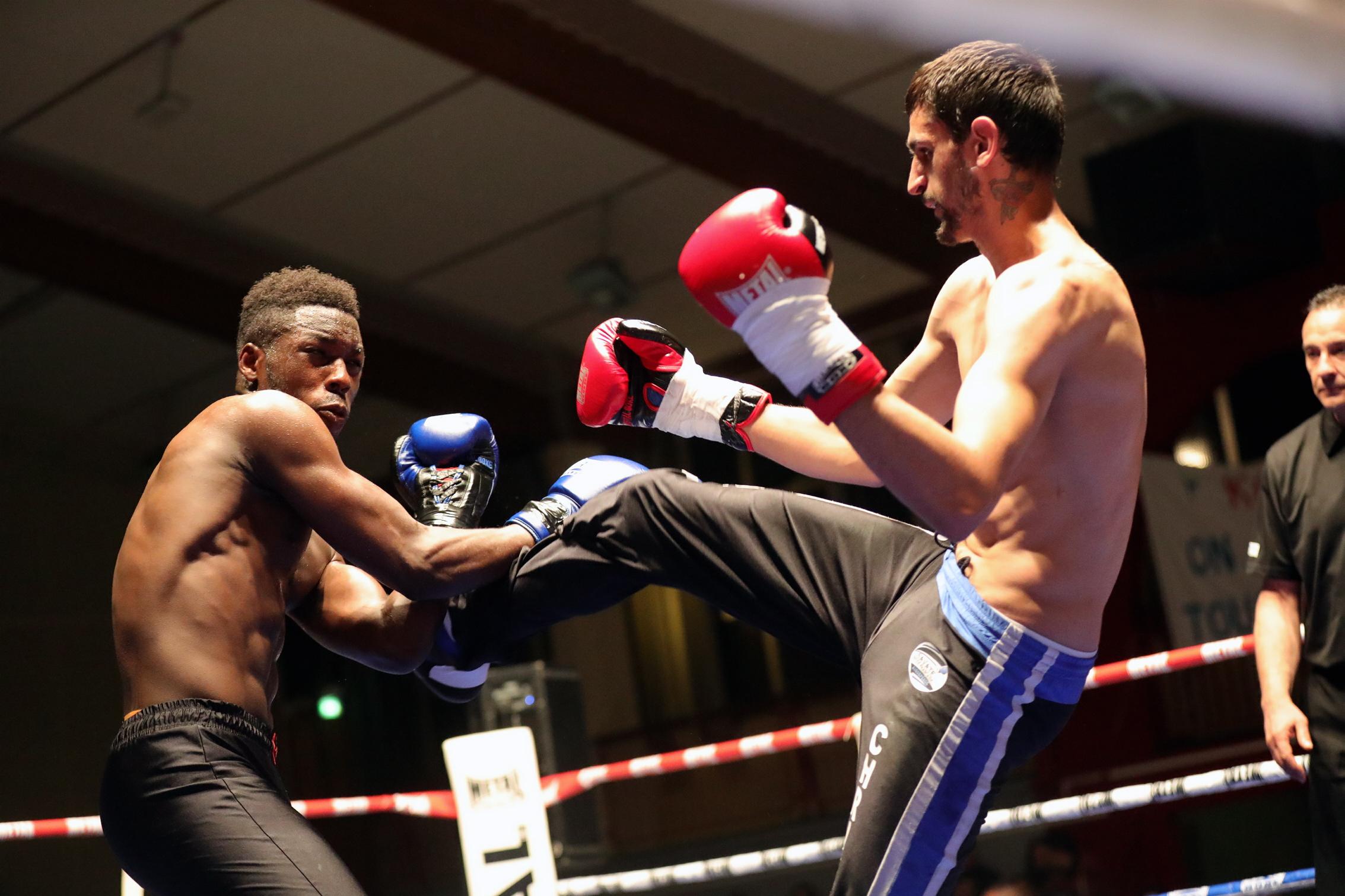 photos gala de boxe  savate àBlagnac